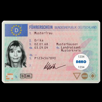 Ansicht Führerschein mit RFID-Tag für die Führerscheinkontrolle